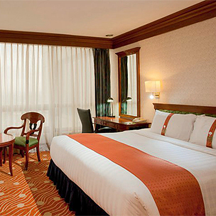Holiday Inn Manila Galleria - 3D2N Deluxe Room Family Stay (Valid on Holy Week!)