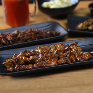 Smokin' Cues  - P500 Worth of Barbecue Favorites & Drinks at Smokin' Cues