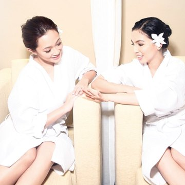 the amare spa 90 Minute hilot massage with choice of mani or pedi cover