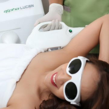 glow by excelsior ipl for the underarms cover
